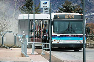 aspen_transport_skier_shuttle300200.jpg