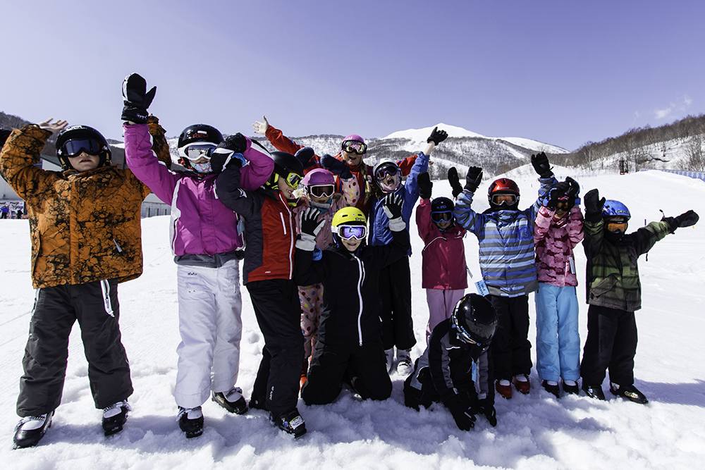 FURANO SKI RESORT - KIDS SKI FREE